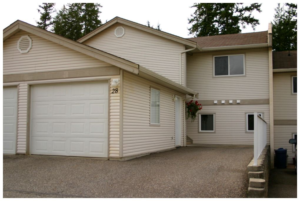 Main Photo: 28 171 Southeast 17th Street in Salmon Arm: Bayview SE House for sale : MLS® # 10072381