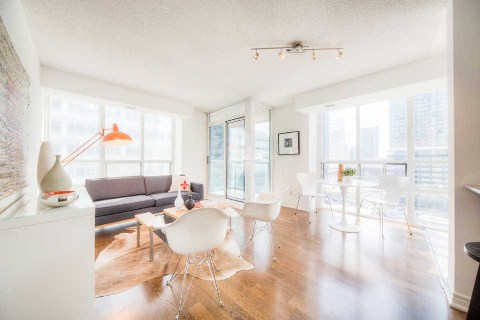 FEATURED LISTING: 1006 - 30 Grand Trunk Crest Toronto