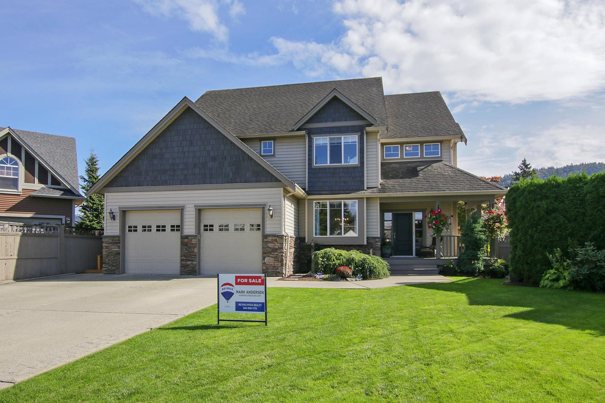 FEATURED LISTING: 44494 ELSIE Place Chilliwack