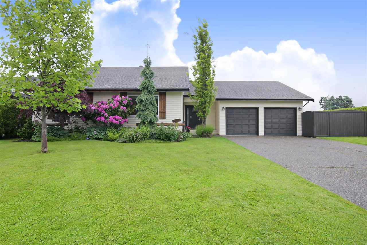 FEATURED LISTING: 6850 BRADA Street Chilliwack