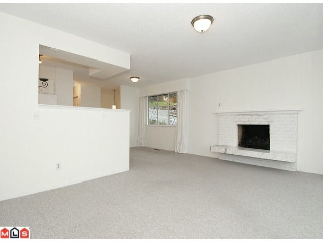 Main Photo: 1349 OXFORD Street: White Rock House for sale (South Surrey White Rock)  : MLS®# F1101233