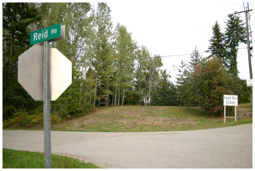 Main Photo: Lot 1 Eagle Bay Road in Eagle Bay: Eagle Bay Estates Vacant Land for sale : MLS® # 10105919