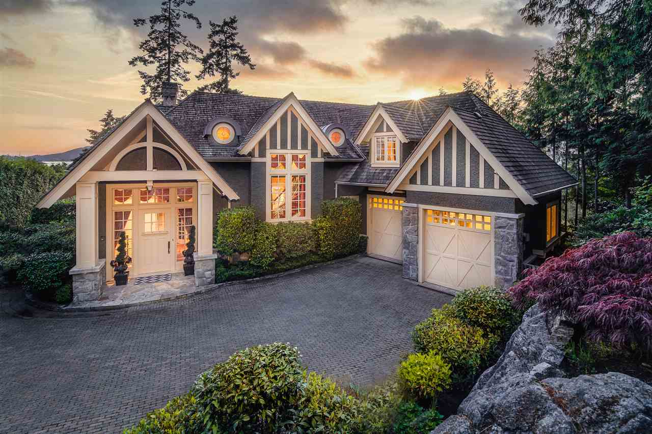 FEATURED LISTING: 5347 KEW CLIFF Road West Vancouver