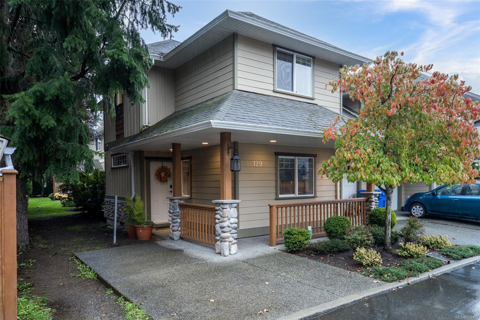 FEATURED LISTING: 129 - 951 Goldstream Ave