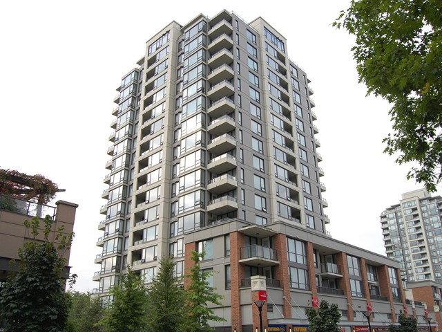 FEATURED LISTING: 1201 - 4182 DAWSON Street Burnaby