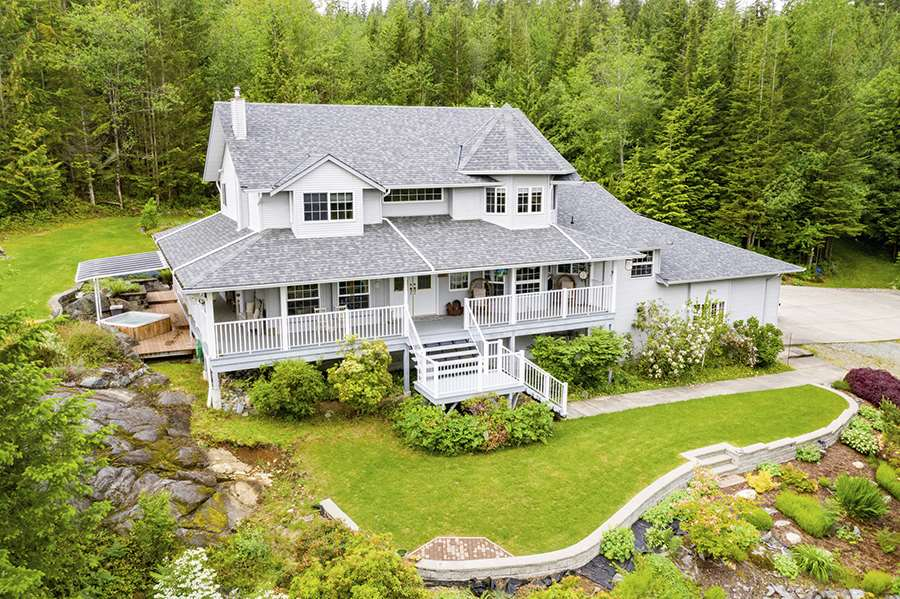 FEATURED LISTING: 28615 123 Avenue Maple Ridge
