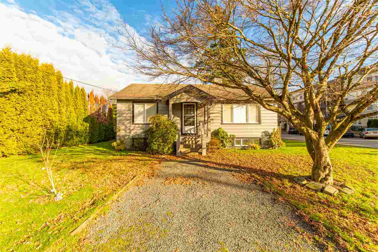 FEATURED LISTING: 9462 VICTOR Street Chilliwack