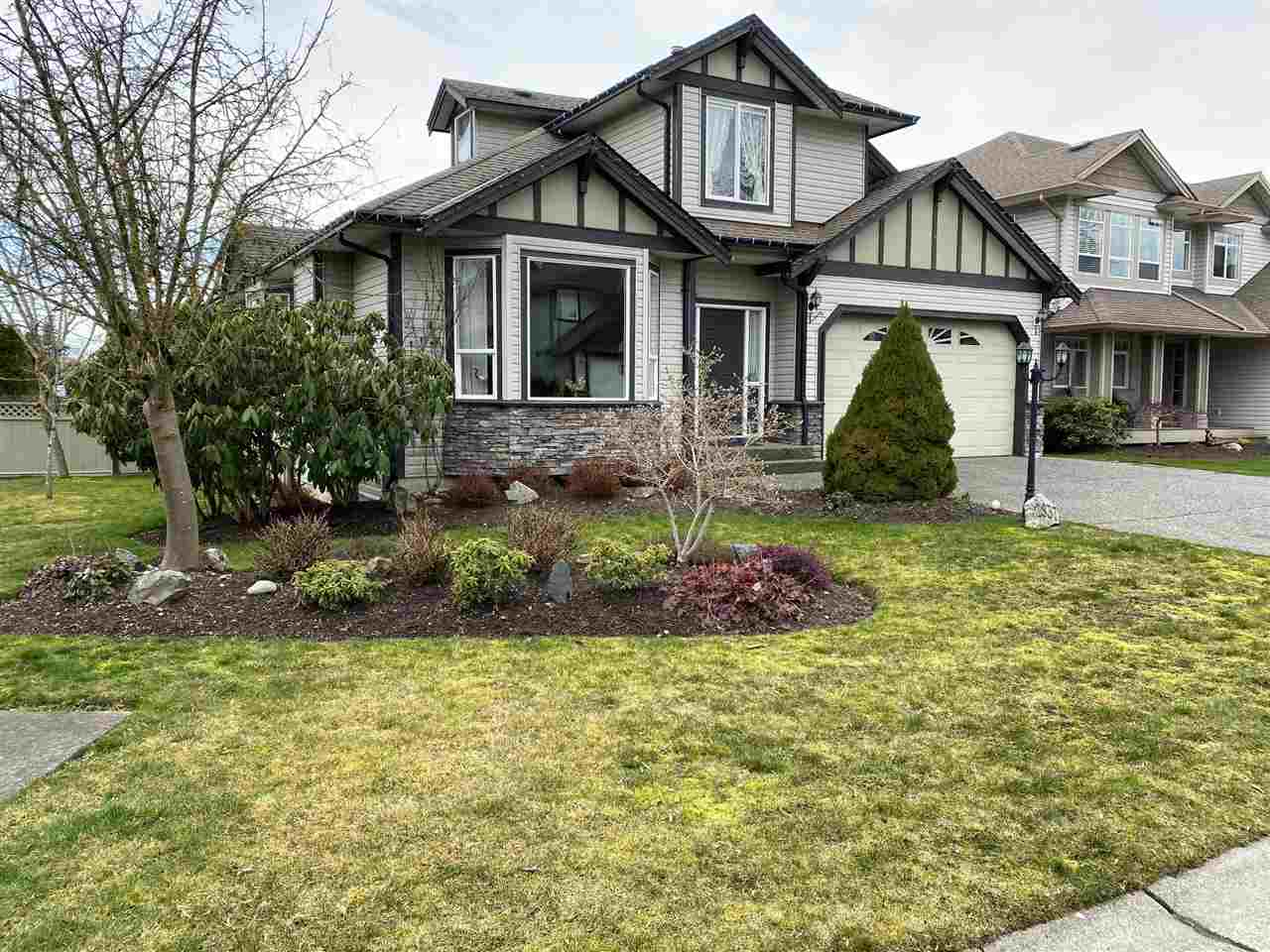 FEATURED LISTING: 2837 BOXCAR Street Abbotsford
