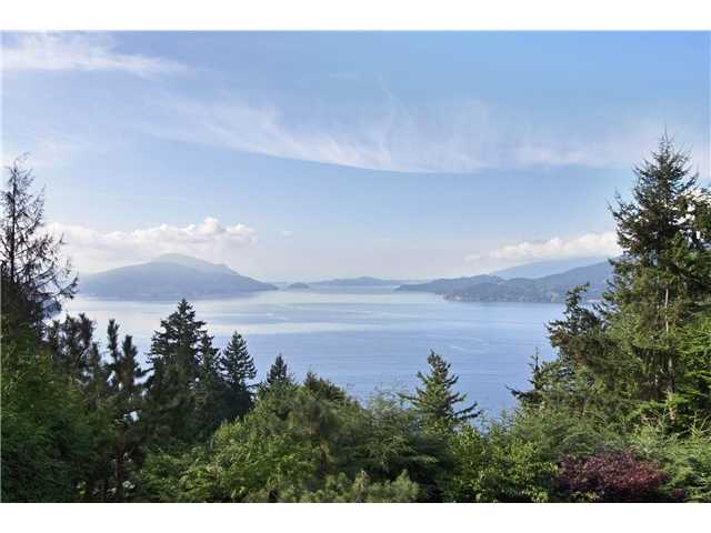"Photo 9: 440 TIMBERTOP Drive: Lions Bay House for sale in ""LIONS BAY"" (West Vancouver)  : MLS(r) # V939444"