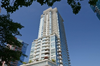 "Main Photo: 802 1139 W CORDOVA Street in Vancouver: Coal Harbour Condo for sale in ""TWO HARBOUR GREEN"" (Vancouver West)  : MLS® # V1082204"