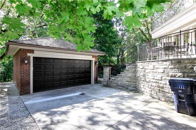 Photo 12: 15 Castle Frank Cres in Toronto: Rosedale-Moore Park Freehold for sale (Toronto C09)  : MLS® # C3608577