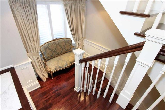 Photo 2: 15 Castle Frank Cres in Toronto: Rosedale-Moore Park Freehold for sale (Toronto C09)  : MLS® # C3608577