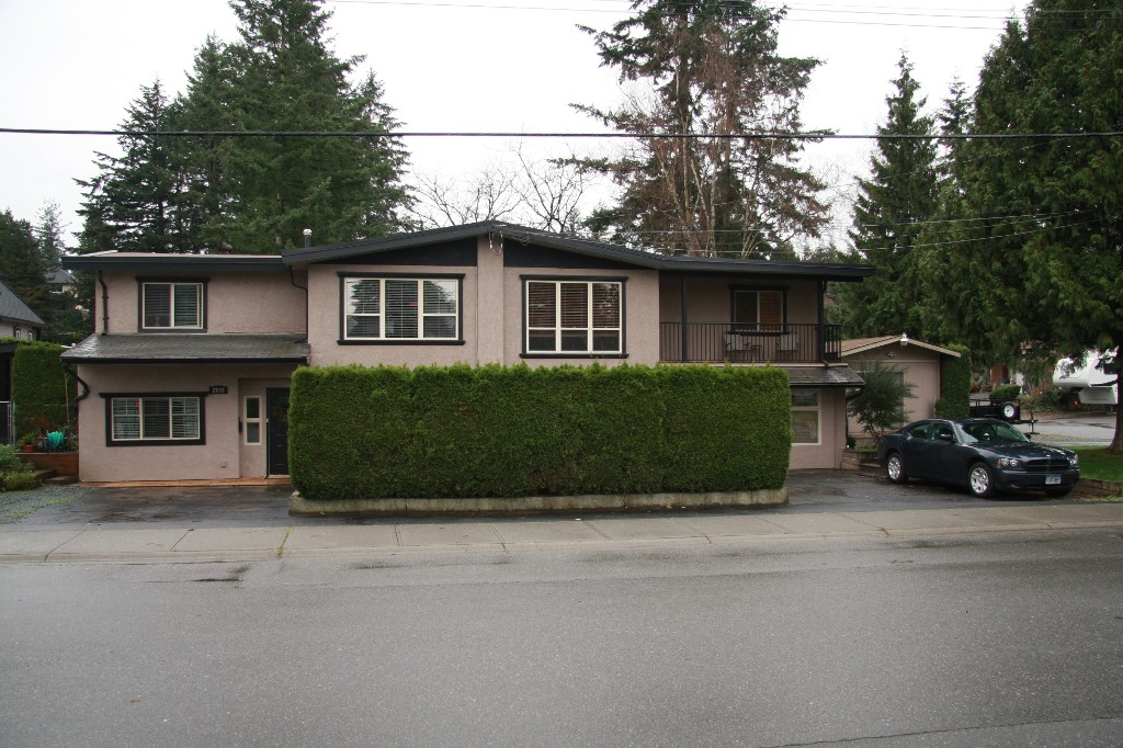 Main Photo: 2895 Princess Street in Abbotsford: Abbotsford West House 1/2 Duplex for sale : MLS® # R2124820