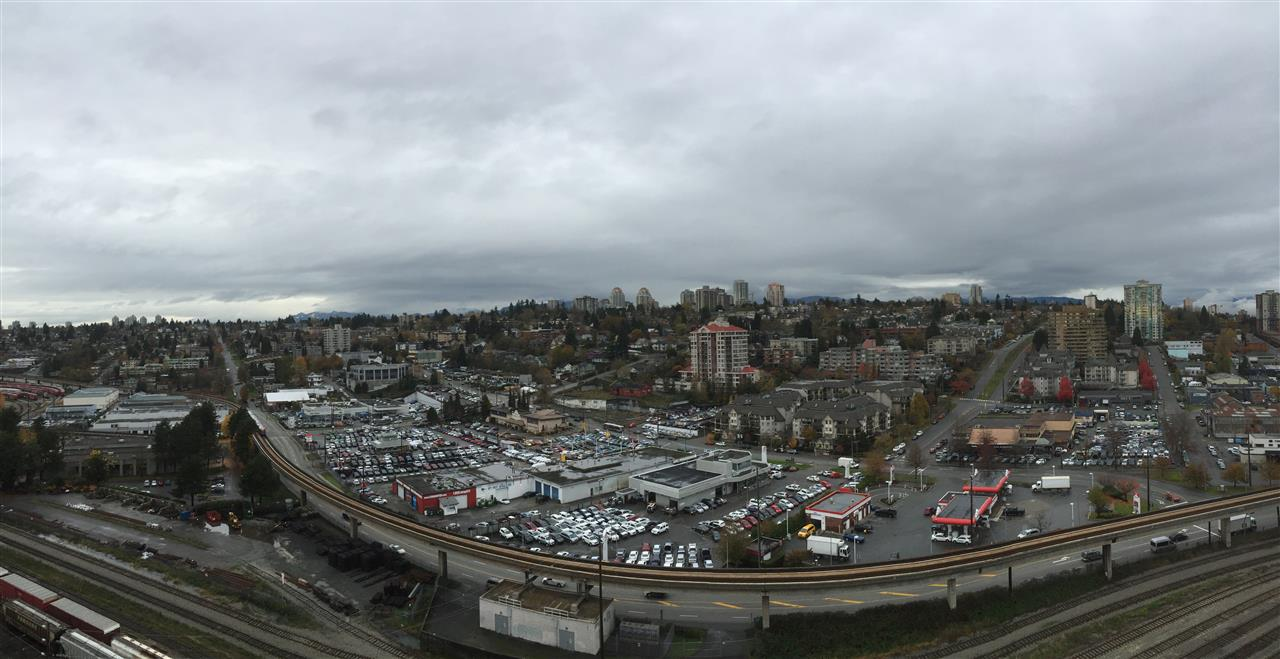 Main Photo: 1808 1 RENAISSANCE SQUARE in New Westminster: Quay Condo for sale : MLS®# R2014289
