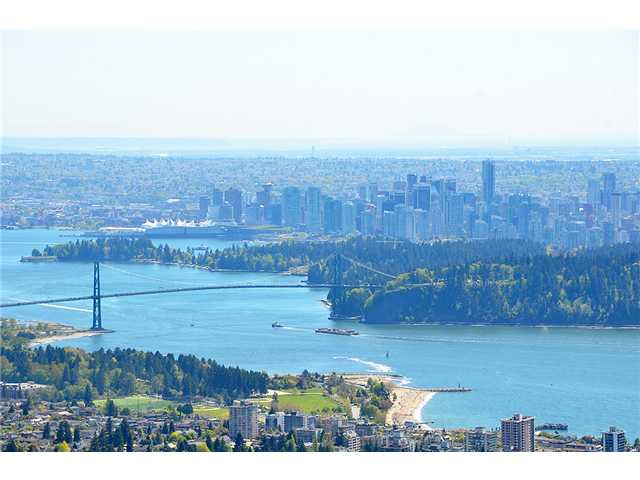 FEATURED LISTING: 1350 WHITBY Road West Vancouver