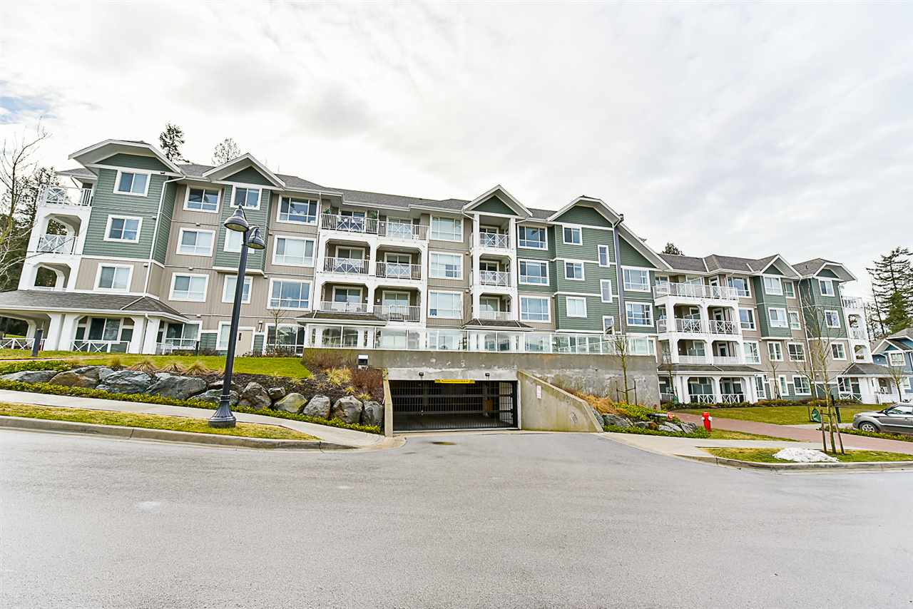 Main Photo: # 508 - 16388 64th Avenue in Surrey: Cloverdale BC Condo for sale (Cloverdale)  : MLS® # R2132280
