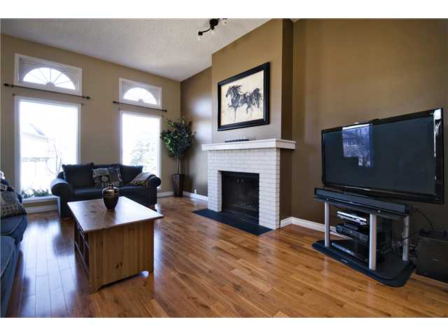 Photo 6: 56 BERGEN Crescent NW in CALGARY: Beddington Residential Detached Single Family for sale (Calgary)  : MLS® # C3516903