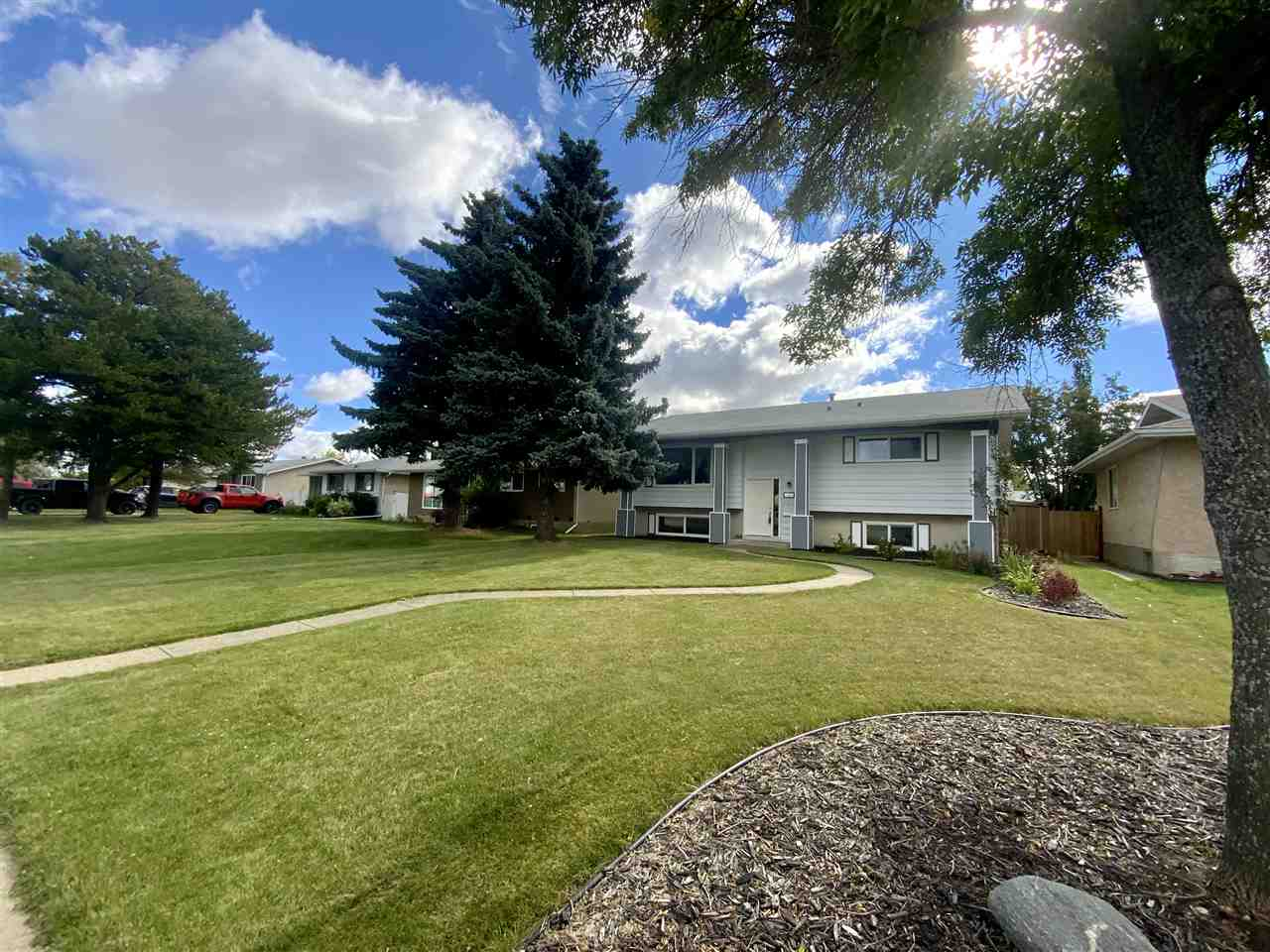 FEATURED LISTING: 166 Corinthia Drive Leduc
