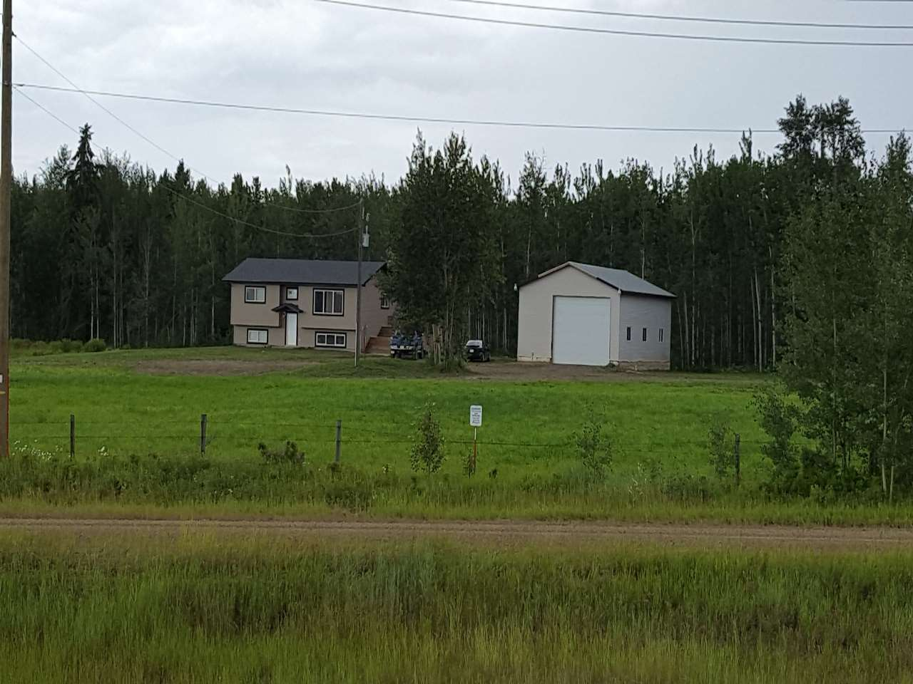 FEATURED LISTING: 6004 HWY 16 Rural Parkland County