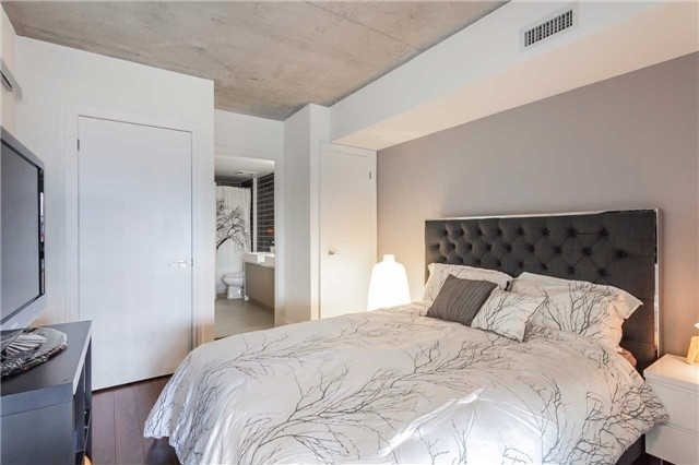 Photo 16: 5 Hanna Ave Unit #445 in Toronto: Niagara Condo for sale (Toronto C01)  : MLS® # C3551113