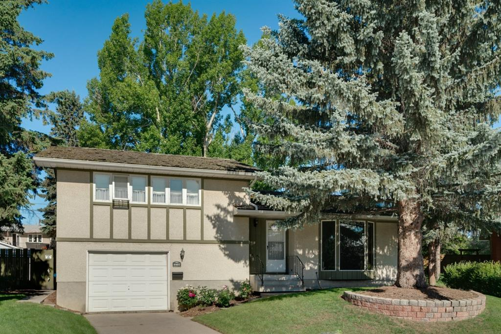 FEATURED LISTING: 5407 LADBROOKE Drive Southwest Calgary