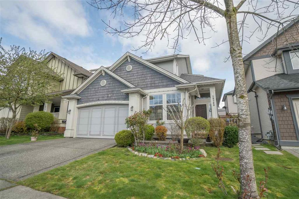 Main Photo: 19789 69B Avenue in Langley: Willoughby Heights House for sale : MLS®# R2259197