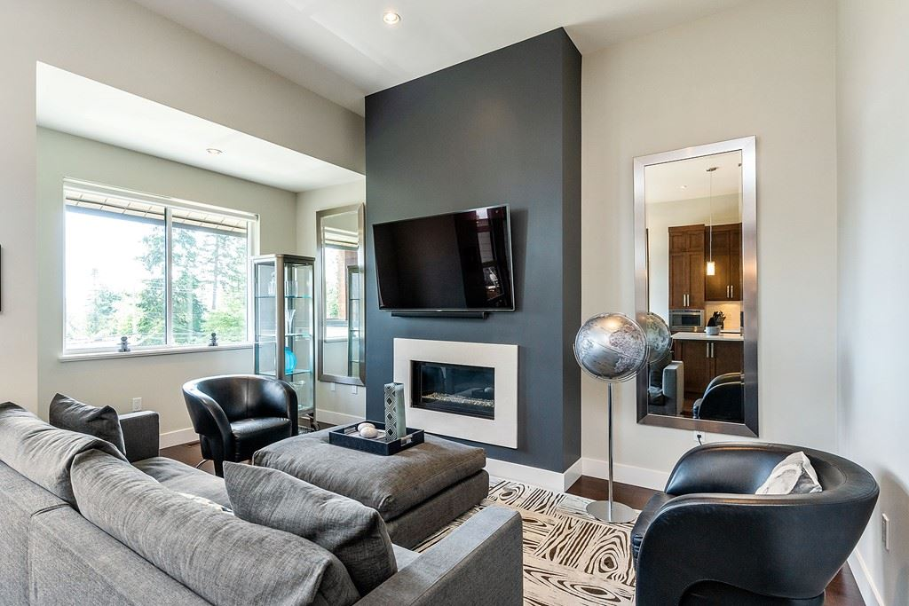 FEATURED LISTING: 209 - 13585 16 Avenue Surrey