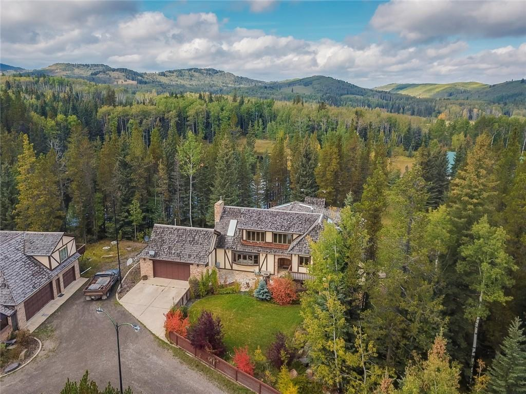 FEATURED LISTING: 18 Aspen Creek Drive Rural Foothills County