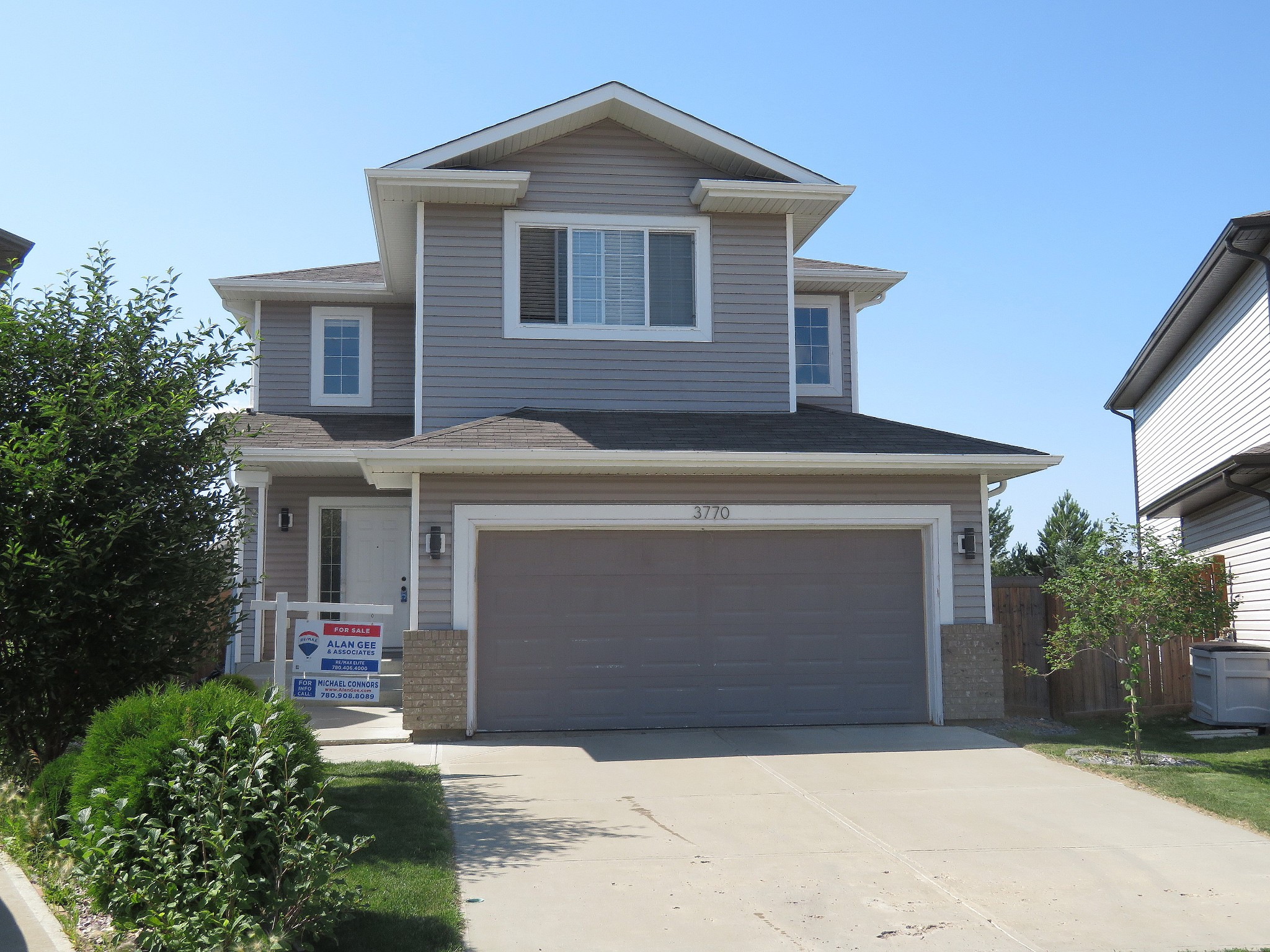 FEATURED LISTING: 3770 13 Street Northwest Edmonton
