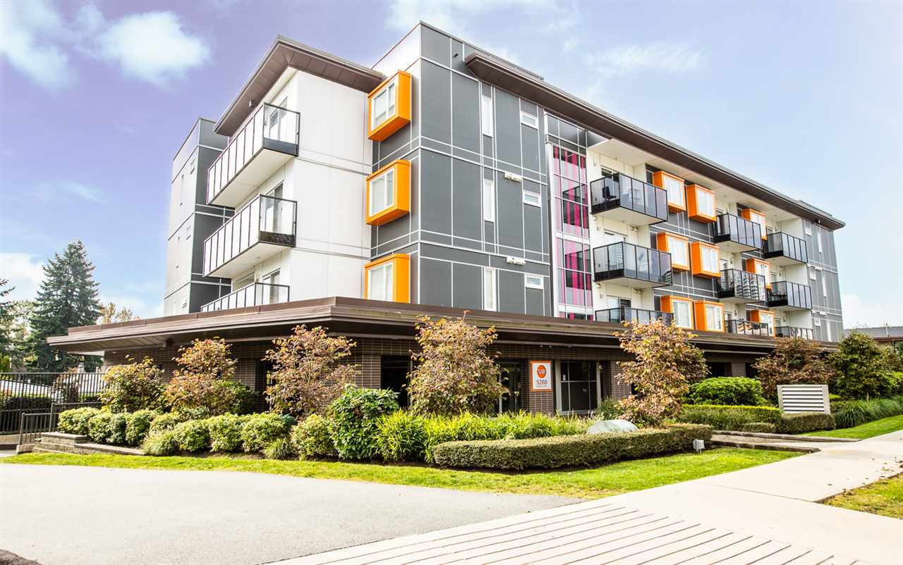 FEATURED LISTING: PH7 - 5288 BERESFORD Street Burnaby