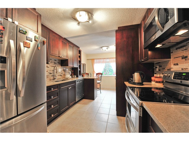Main Photo: # 1002 555 W 28TH ST in North Vancouver: Upper Lonsdale Condo for sale : MLS® # V1101557