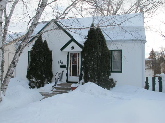 Main Photo:  in WINNIPEG: East Kildonan Residential for sale (North East Winnipeg)  : MLS® # 1302431