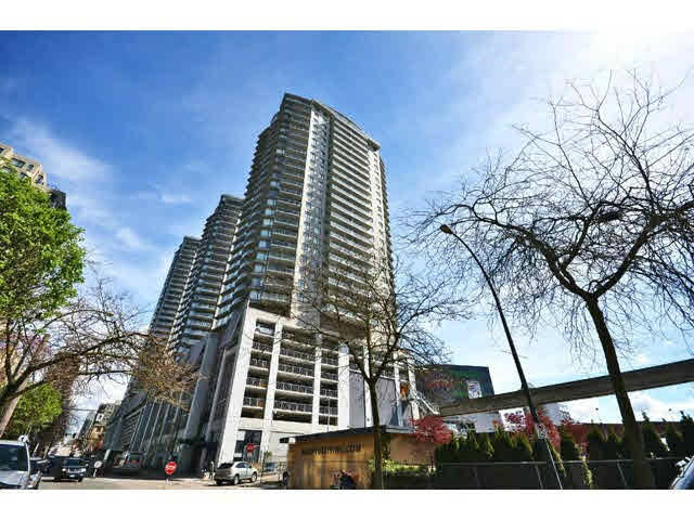 Main Photo: # 1605 - 892 Carnarvon Street in New Westminster: Downtown NW Condo for sale : MLS® # R2077064