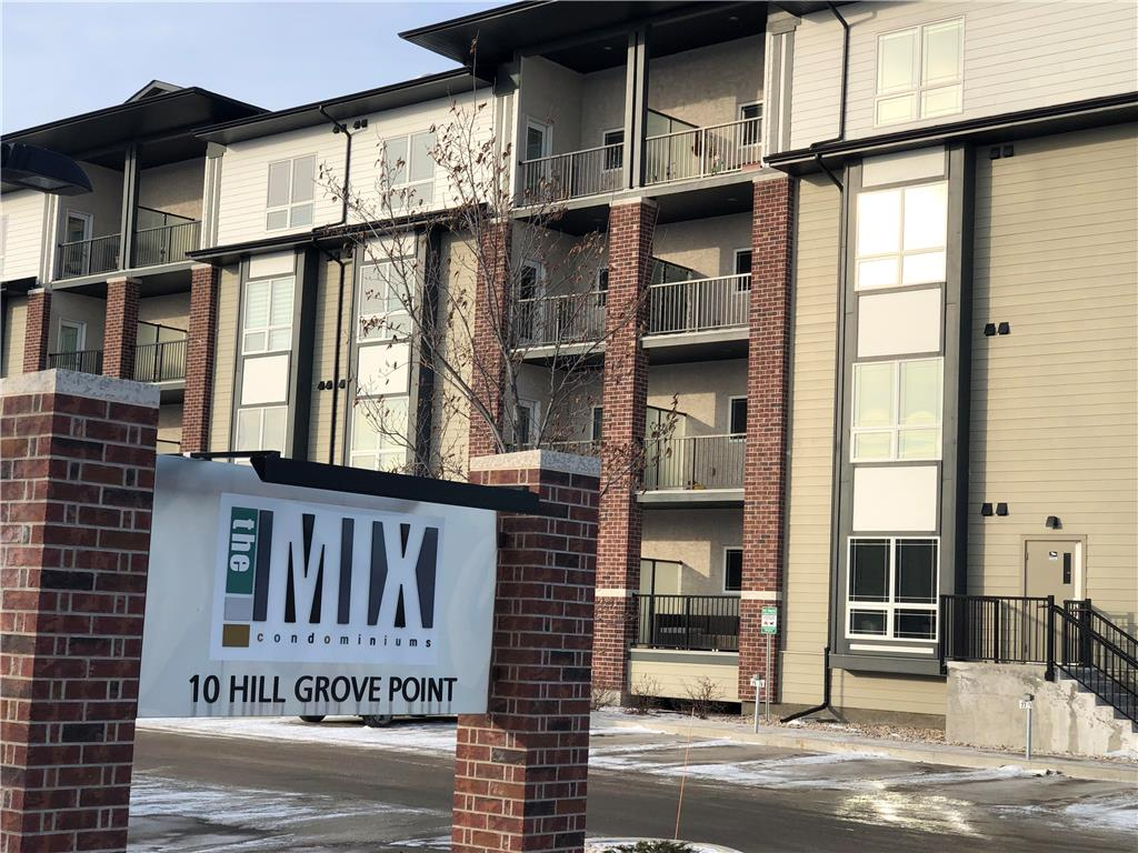 FEATURED LISTING: 216 10 Hill Grove Point Winnipeg