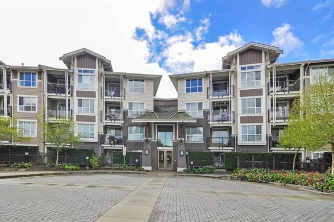 FEATURED LISTING: 118 - 5788 SIDLEY Street Burnaby