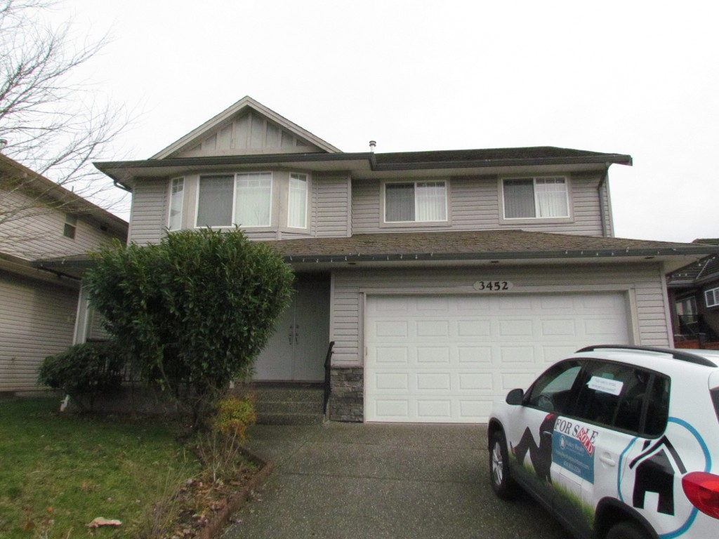 Main Photo: 3452 Goldfinch St. in Abbotsford: Abbotsford West Condo for rent