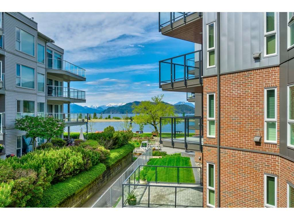 FEATURED LISTING: 201 - 378 ESPLANADE Avenue Harrison Hot Springs