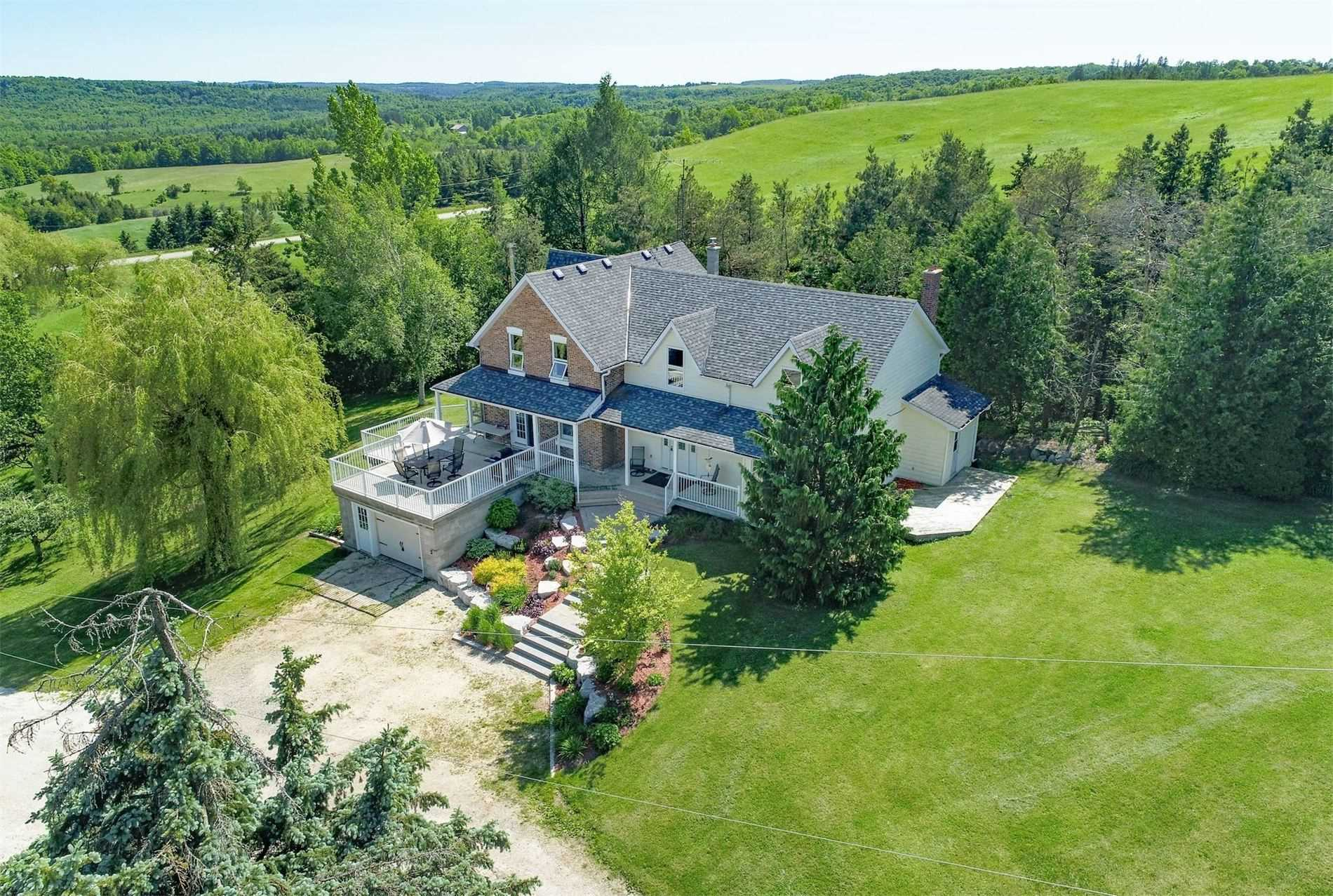 FEATURED LISTING: 587499 10 Sideroad Mulmur