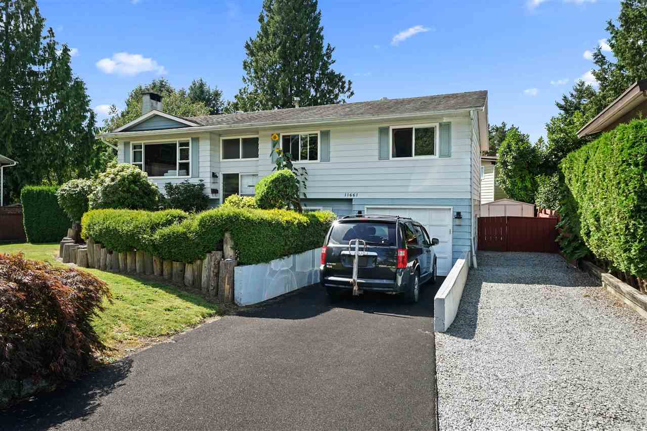 FEATURED LISTING: 11661 FRASERVIEW Street Maple Ridge