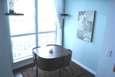 Photo 5: 218 Queens Quay W Unit #2603 in Toronto: Waterfront Communities C1 Condo for lease (Toronto C01)  : MLS® # C2807989
