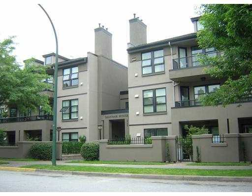 "Main Photo: 123 3769 W 7TH AV in Vancouver: Point Grey Condo for sale in ""MAYFAIR HOUSE"" (Vancouver West)  : MLS®# V610219"