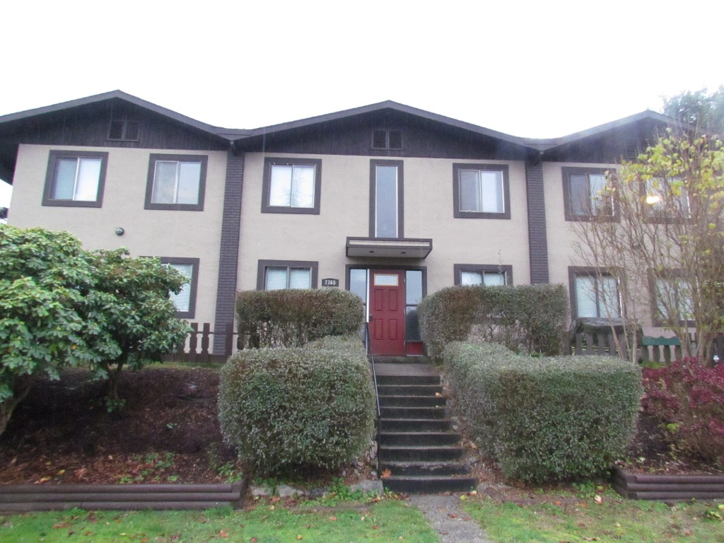 Main Photo: #3 7365 Alder St. in Mission: Condo for rent
