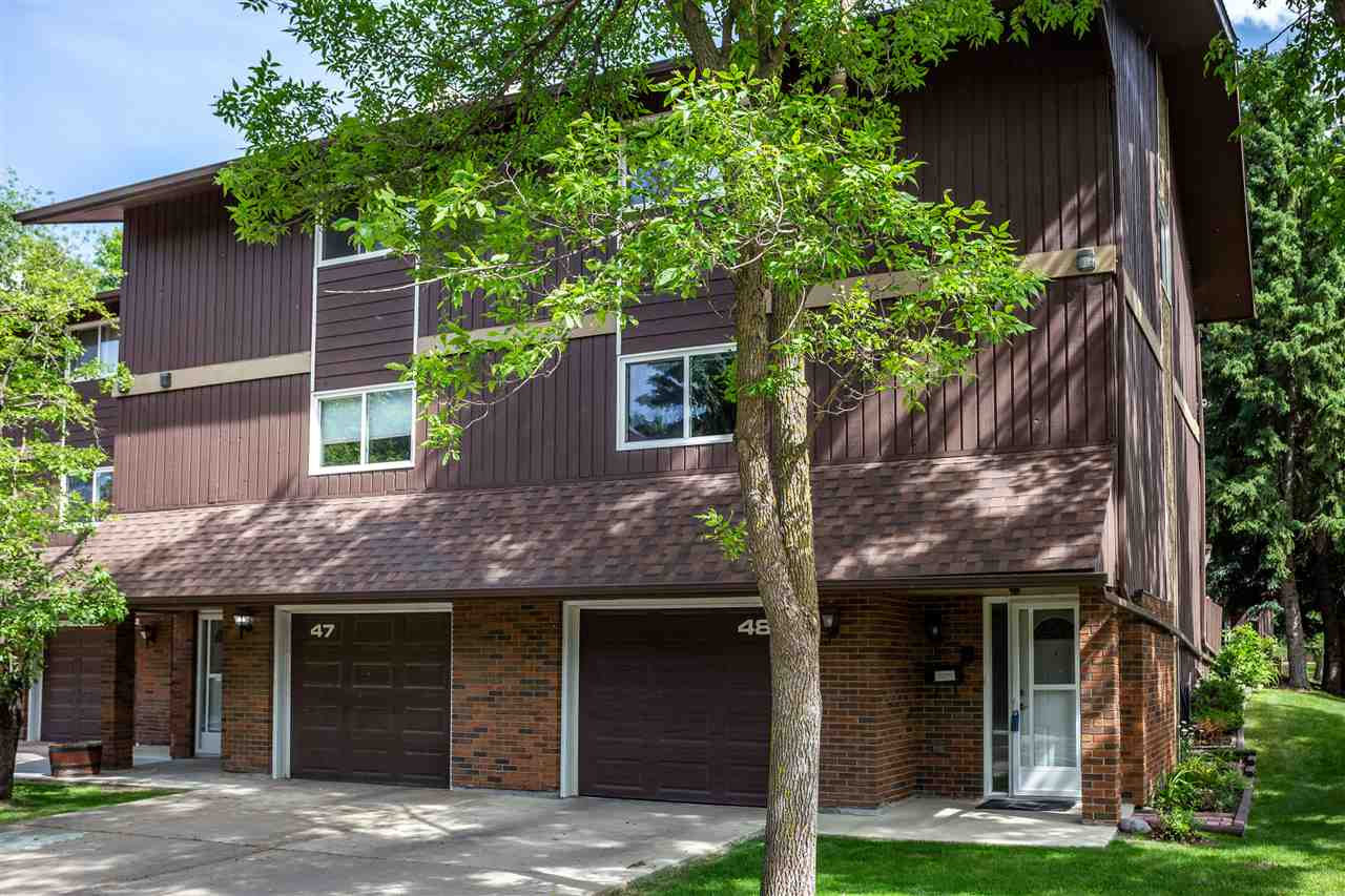 FEATURED LISTING: 48 Glaewyn Estates St. Albert