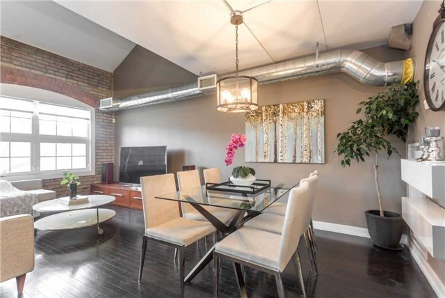 Photo 8: 1100 Lansdowne Ave Unit #306 in Toronto: Dovercourt-Wallace Emerson-Junction Condo for sale (Toronto W02)  : MLS® # W3729598