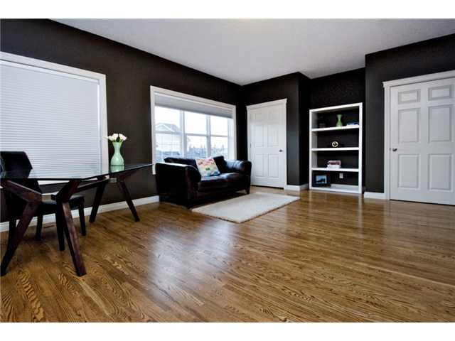 Photo 14: 187 YPRES Green SW in CALGARY: Garrison Woods Townhouse for sale (Calgary)  : MLS® # C3520663