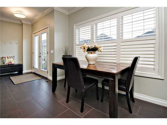 Photo 5: 187 YPRES Green SW in CALGARY: Garrison Woods Townhouse for sale (Calgary)  : MLS® # C3520663