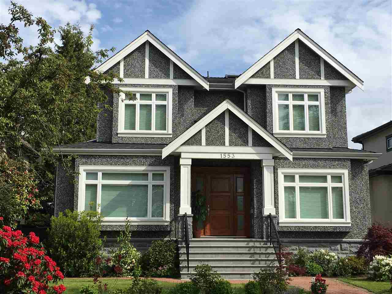 Main Photo: 1553 W 61ST AVENUE in Vancouver: South Granville House for sale (Vancouver West)  : MLS® # R2062501