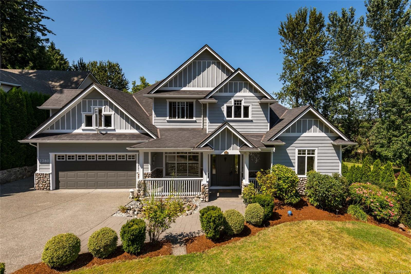 FEATURED LISTING: 7380 Ridgedown Crt
