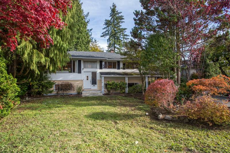 FEATURED LISTING: 691 NEWPORT Street Coquitlam
