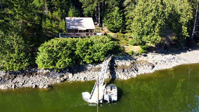 FEATURED LISTING: 8 Daisy Bay Estates Sunshine Coast